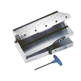 MESA DE SENO SIMPLES 150 X 150MM COM DUAS INCLINACOES 0 A 60 GRAUS FUROS M6 X 1,0 - CSP66 GIN